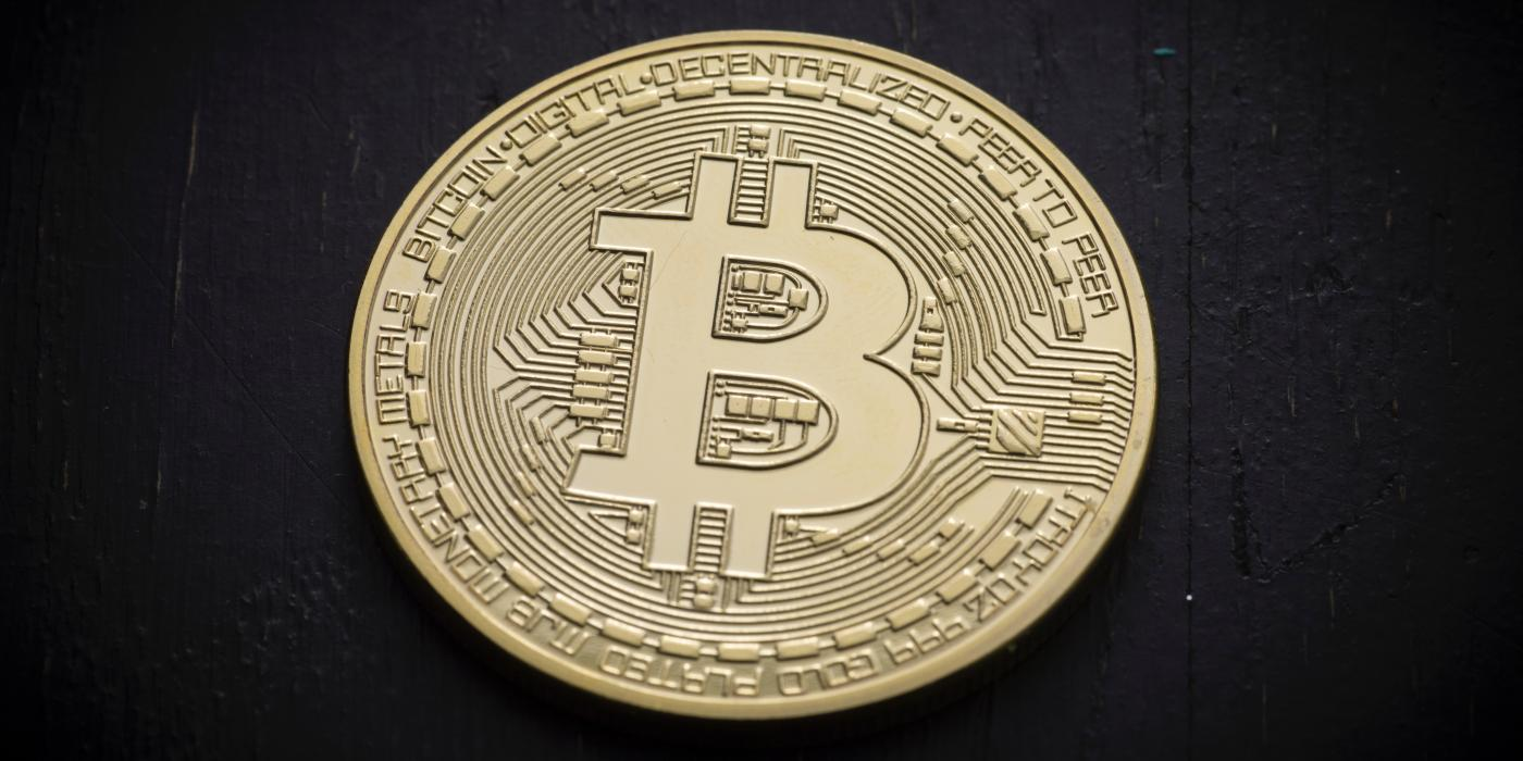 cryptocurrency bitcoin physical coin